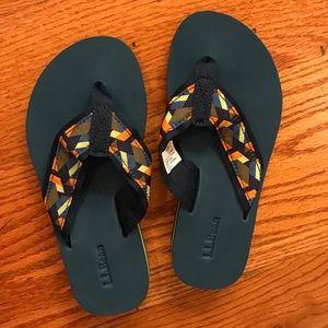 NWOT L.L.Bean Flip Sandals